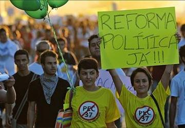 Por uma reforma política democrática