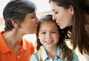 Mães e avós: sustento e garantia da sociedade